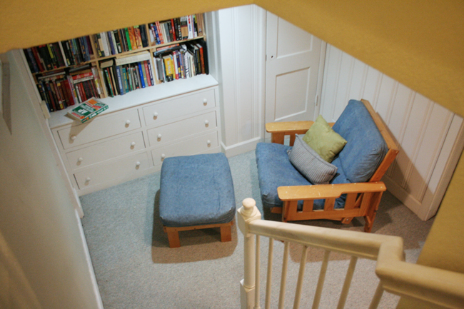 Reading Nook Before1
